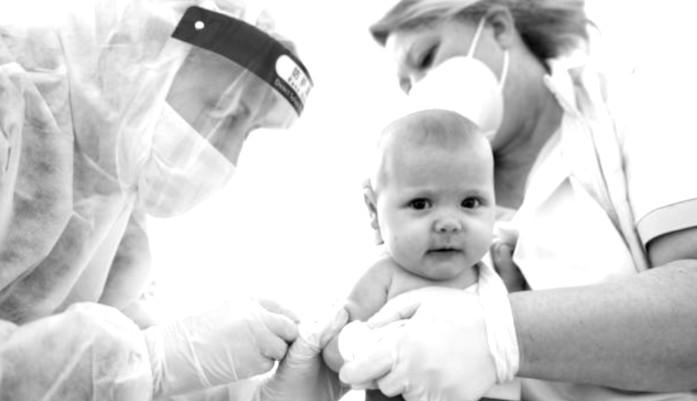 The Vaccine (Dis)Information War